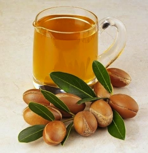argan oil in glass