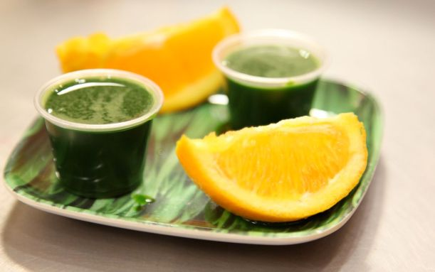 wheatgrass-oranges