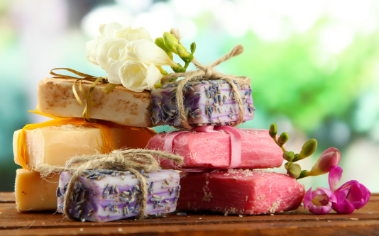 Handmade Soaps: Know Your Soaps