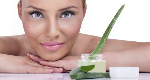 aloe-vera-juice-health-benefits-for-hair-and-skin-2